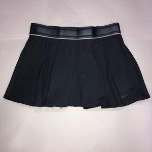 New Nike Women's tennis skirt size M
